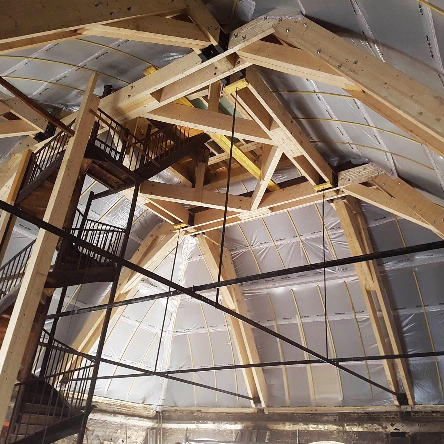 Ouvrages Spéciaux Rénovation Charpente bois Saint-Omer Hotel de ville - Charpentier des Flandres